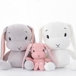 peluche lapin grandes oreilles blanc gris et rose